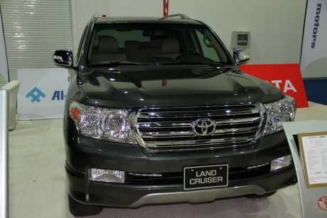 Toyota Land Cruiser 2012 review Dubai