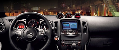 Nissan 370Z 2012 dashboard